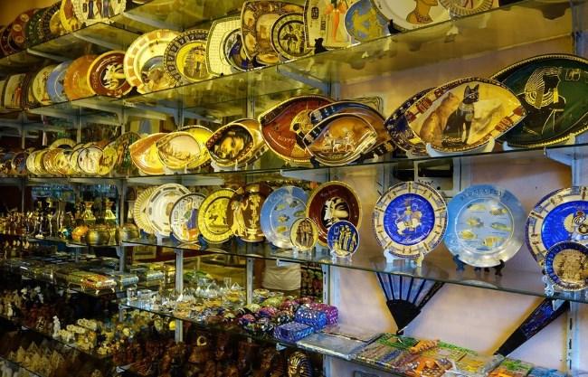 Тарелки с египетскими мотивами