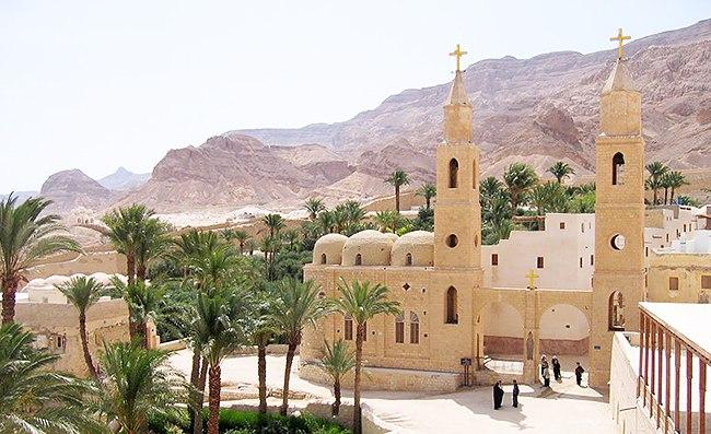 Храм среди пальм
