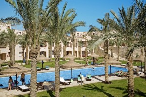 Гостиница за пальмами