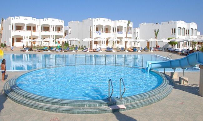 Теплый бассейн